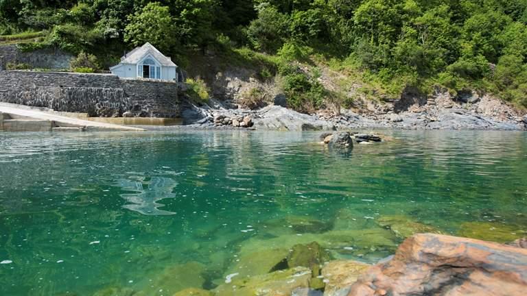 The Sea Room at Ropehawn - Sleeps 2 - Fowey