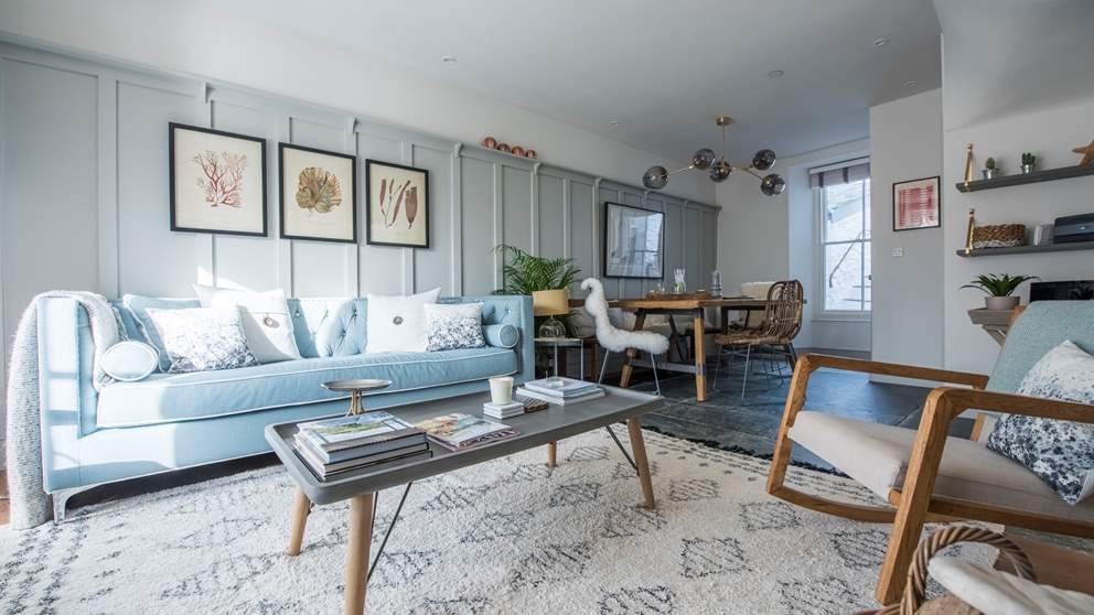 We adore the open-plan sitting and dining room at Albany, with it's subtle, chic nod to its seaside location.