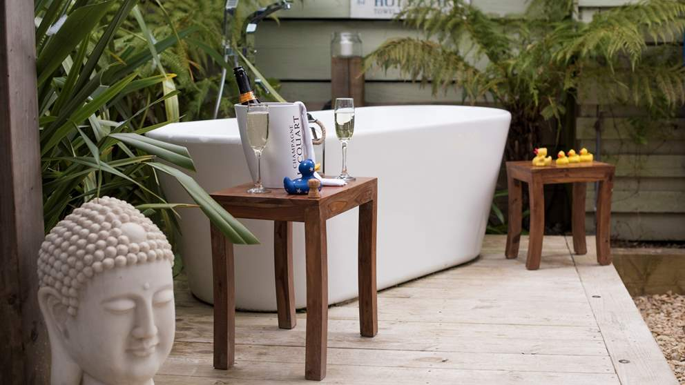 Totally romantic, the outside bath for two is the ultimate way to relax.