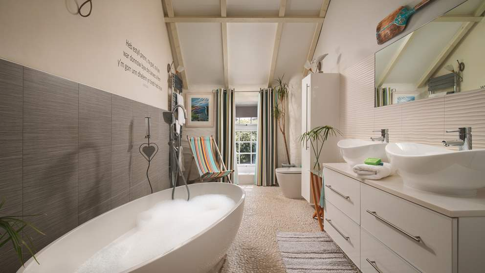 The uber-romantic en suite to the master bedroom is a dreamy escape from the everyday