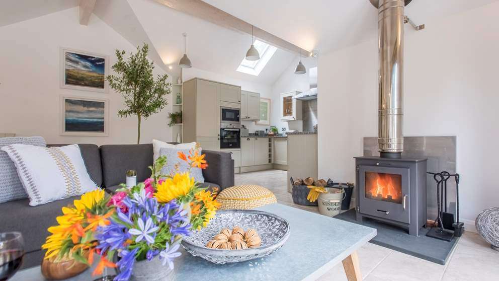 A brilliant wood burning stove provides cosiness and bags of atmosphere whilst under floor heating keeps toes cosy warm.