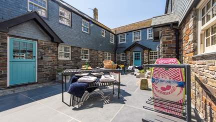 The Garth - St Ives, Sleeps 10 + 3 cots in 5 Bedrooms