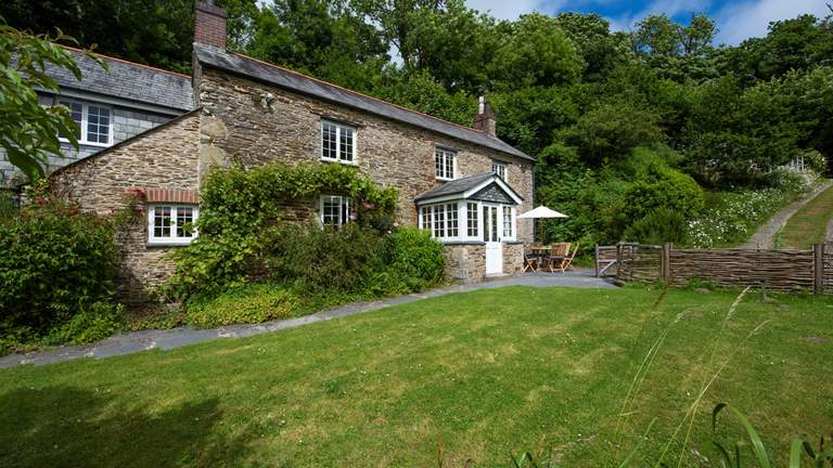 Rose Cottage at Heligan - Sleeps 6 + cot - Mevagissey