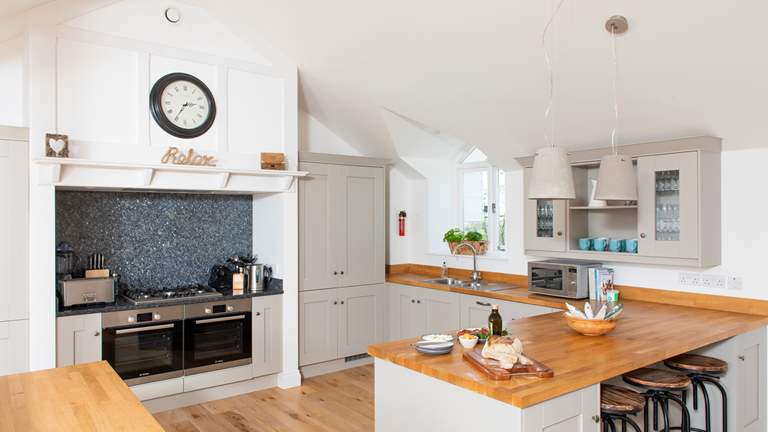 Pendower Beach House - Sleeps 6 + cot - Portscatho