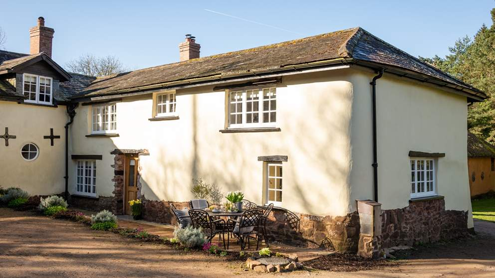 Apple Blossom House was once an idyllic working small holding.