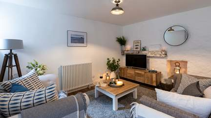 Little Duck - Mousehole, Sleeps 4 + cot in 2 Bedrooms