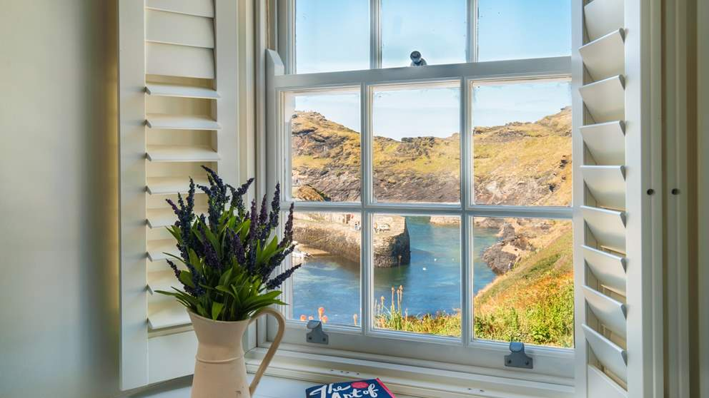 The last house before the sea, Anchor Cottage has uninterrupted sea views - totally blissful!