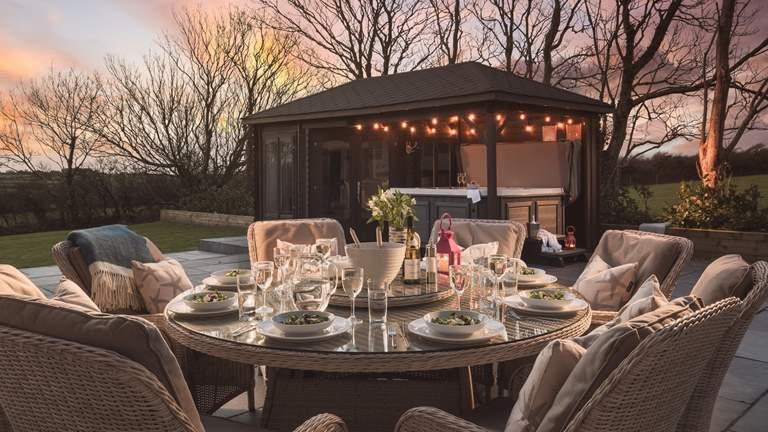 Treetop Cottage - Sleeps 8 + cot - Polzeath
