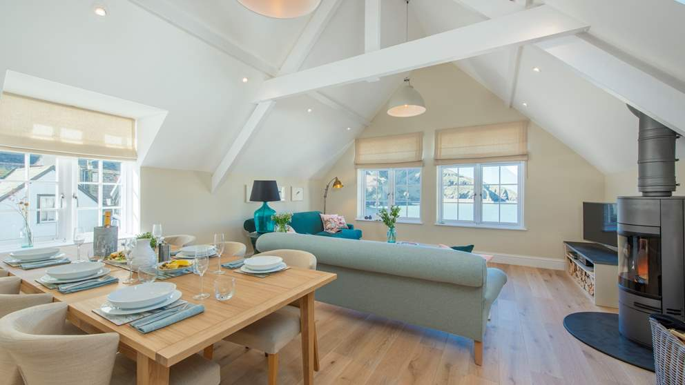 You'll find a wonderfully bright, light and beautiful retreat with epic harbour and sea views as well as gorgeous interiors