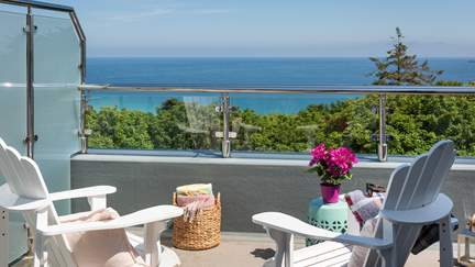 Neptune - 1.2 miles S of St Ives, Sleeps 4 + cot in 2 Bedrooms