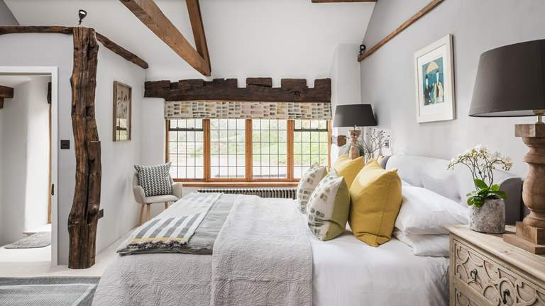The Gallery - Sleeps 2 + cot - Exeter