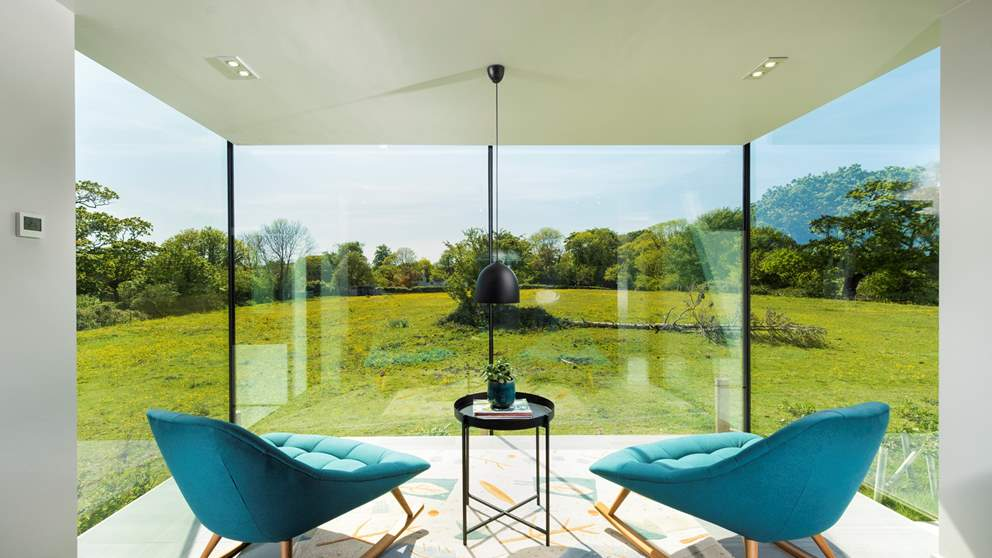 Take time out just for you in this gorgeous nook, overlooking the beautiful countryside - just divine!