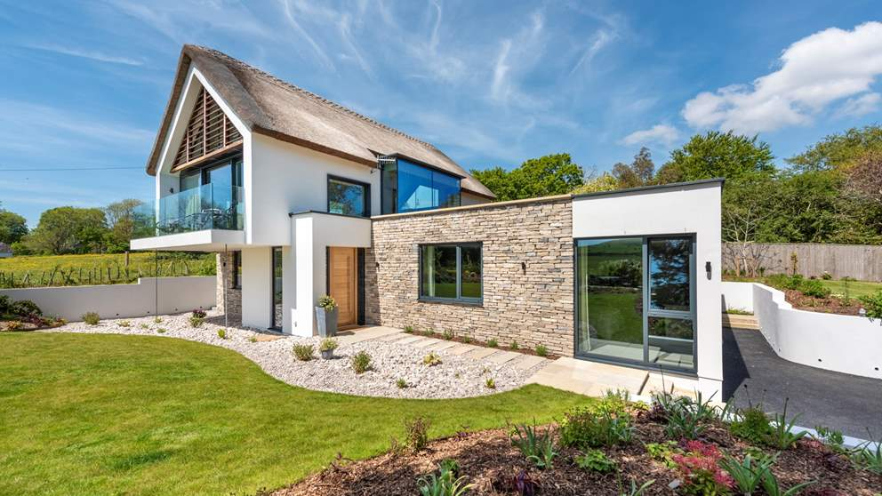Gorgeous Bellevue is an exquisite luxury cottage in Dorset with incredible gardens.
