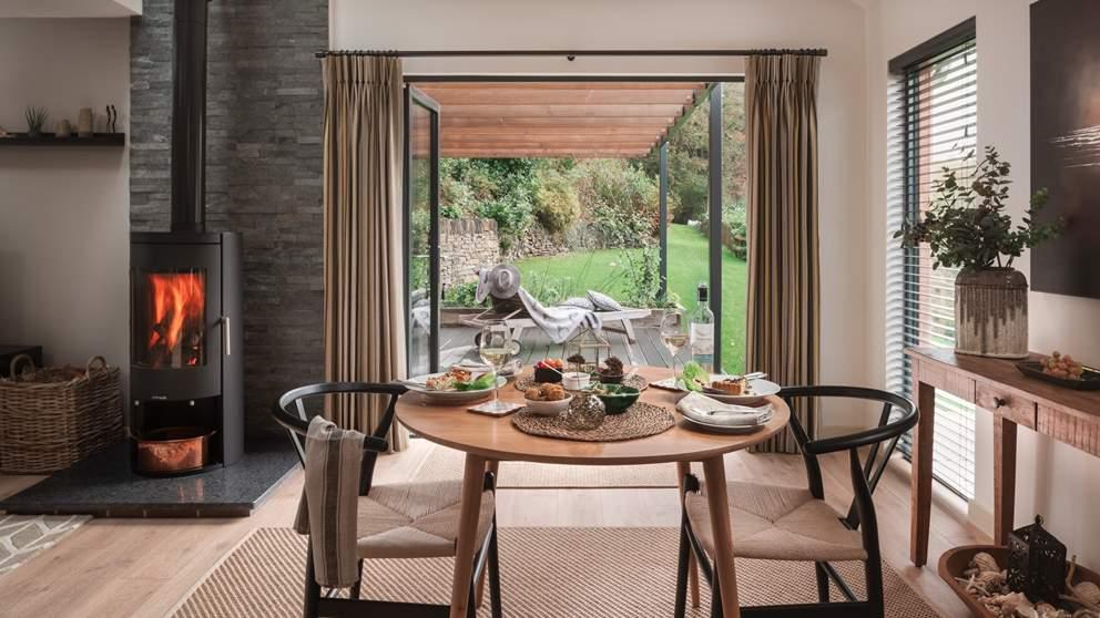 The perfect spot for tête-à-tête meals - so romantic!