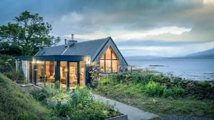 Corry Bothy - Isle of Skye, Sleeps 2 in 1 Bedroom