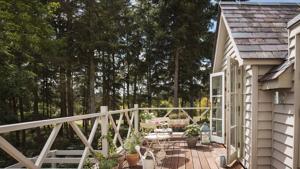The south facing garden is just spectacular, and you'll not want to leave this little piece of paradise!
