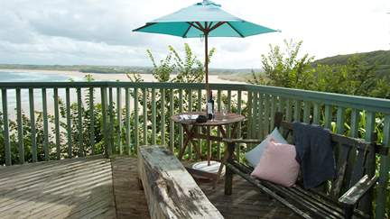 The Cabin - 1.4 miles SE of St Ives, Sleeps 2 in 1 Bedroom