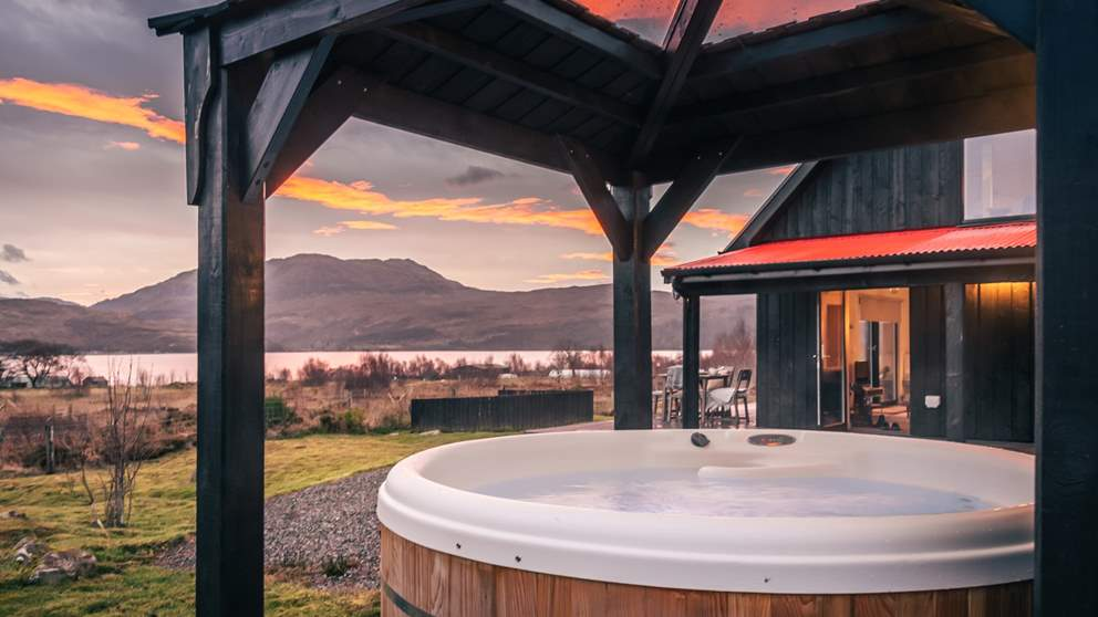 Aulinn's hot tub is the perfect spot to while away the time, watching the sun set over the mountains...bliss!