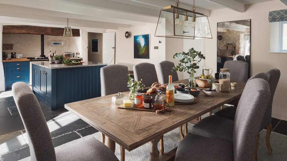 The wonderful dining area, the perfect setting for dinner parties