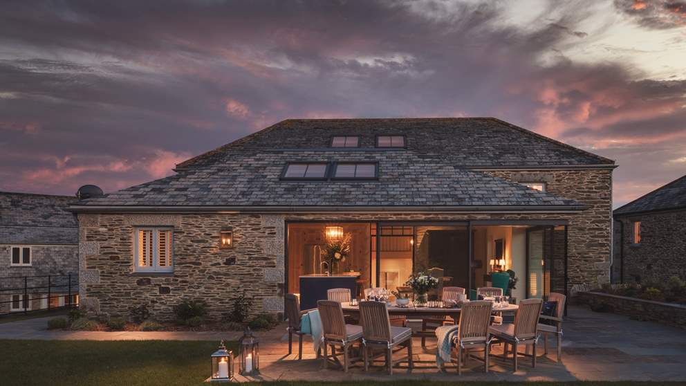 As the sun sets over The Granary, watch the ever-changing sky as you enjoy your alfresco feast