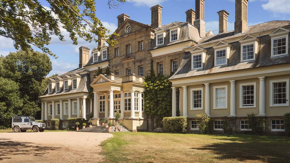 Pylewell Park, in its current form since 1874, offers a warm welcome to guests
