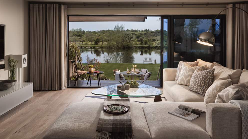 The ultimate riverside pad, away from everyday hustle and bustle