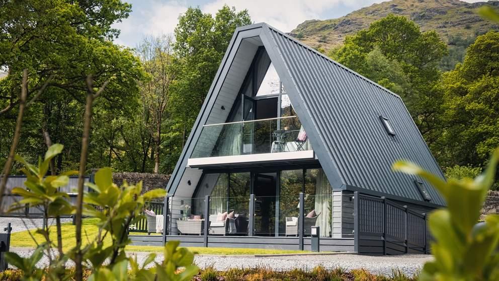 Gorgeous Isla @Ardlui, our epic retreat for six on Loch Lomond