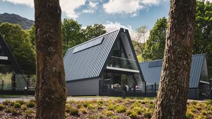 Muir @Ardlui - Loch Lomond, Sleeps 6 + cot in 3 Bedrooms