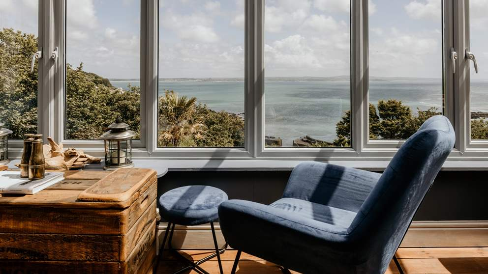Curl up with a book or simply drift off, watching the boats slip by and the Lizard Peninsula in the distance