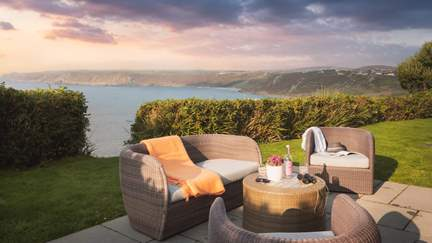 Chy-an-Gargo - Sennen, Sleeps 8 + cot in 4 Bedrooms