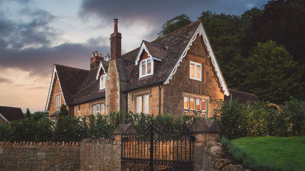 Offering a warm welcome, this stunning Somerset cottage is just a dream...