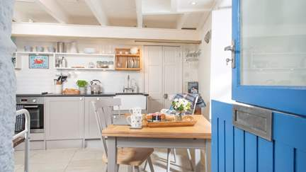 Star Haze - Mousehole, Sleeps 2 in 1 Bedroom
