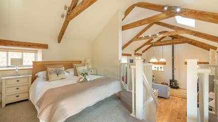 Cider House - 4.8 miles N of Porthleven, Sleeps 2 in 1 Bedroom
