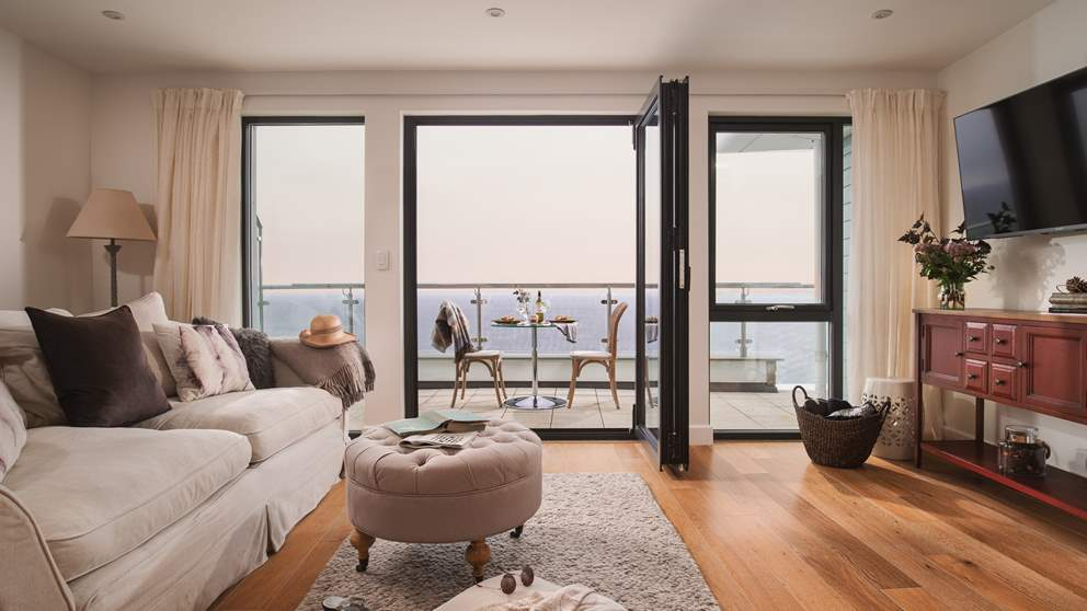 This exquisitely presented luxury penthouse apartment occupies one of the finest locations in St Ives.