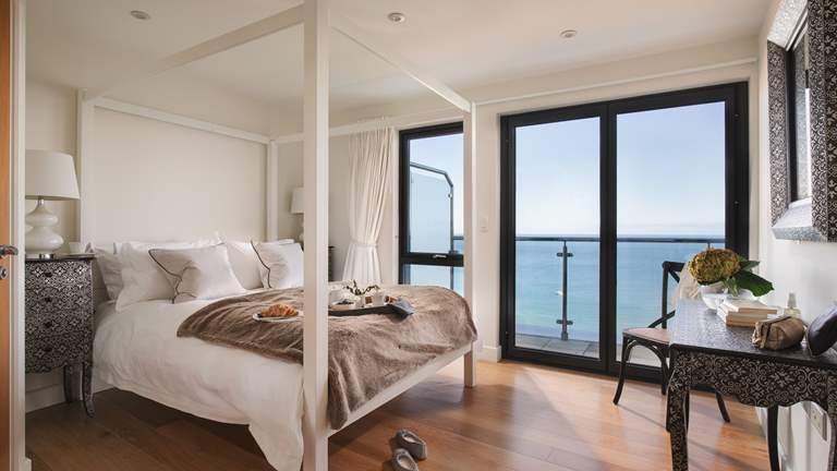 West Penthouse - Sleeps 2 + cot - St Ives
