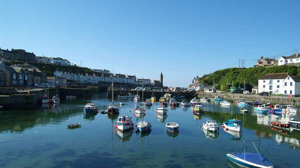 Porthleven is just a short drive away and has a massive selection of excellent restaurants to choose from.