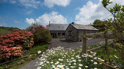 Moonbeam - 1.7 miles E of Boscastle, Sleeps 4 in 2 Bedrooms